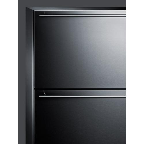 CL2R248 Refrigerator Detail