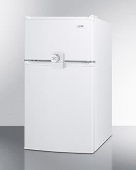 CP351WLLF2ADA Refrigerator Freezer Angle