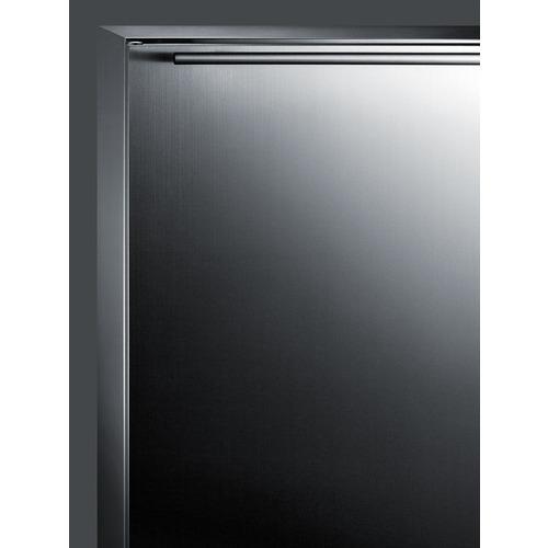 CL67ROSB Refrigerator Detail