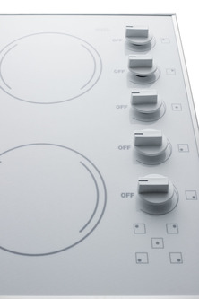 CR5B274W Electric Cooktop Detail