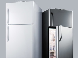 BKRF18B Refrigerator Freezer Detail