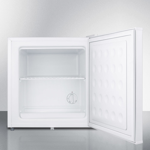FS24LMC Freezer Open