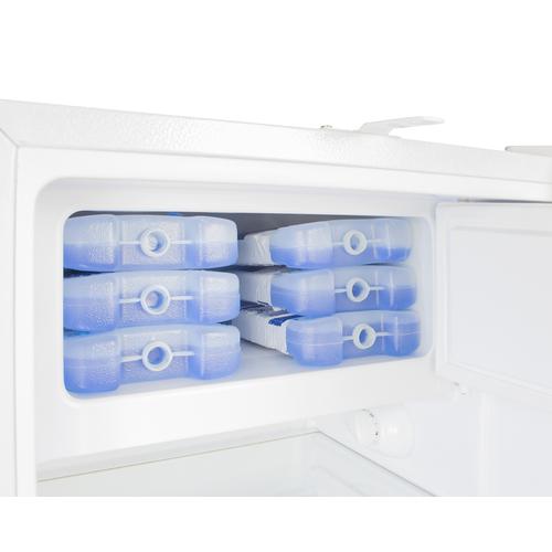 ADA302RFZ Refrigerator Freezer Detail