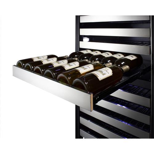 SWCP2116 Wine Cellar Detail